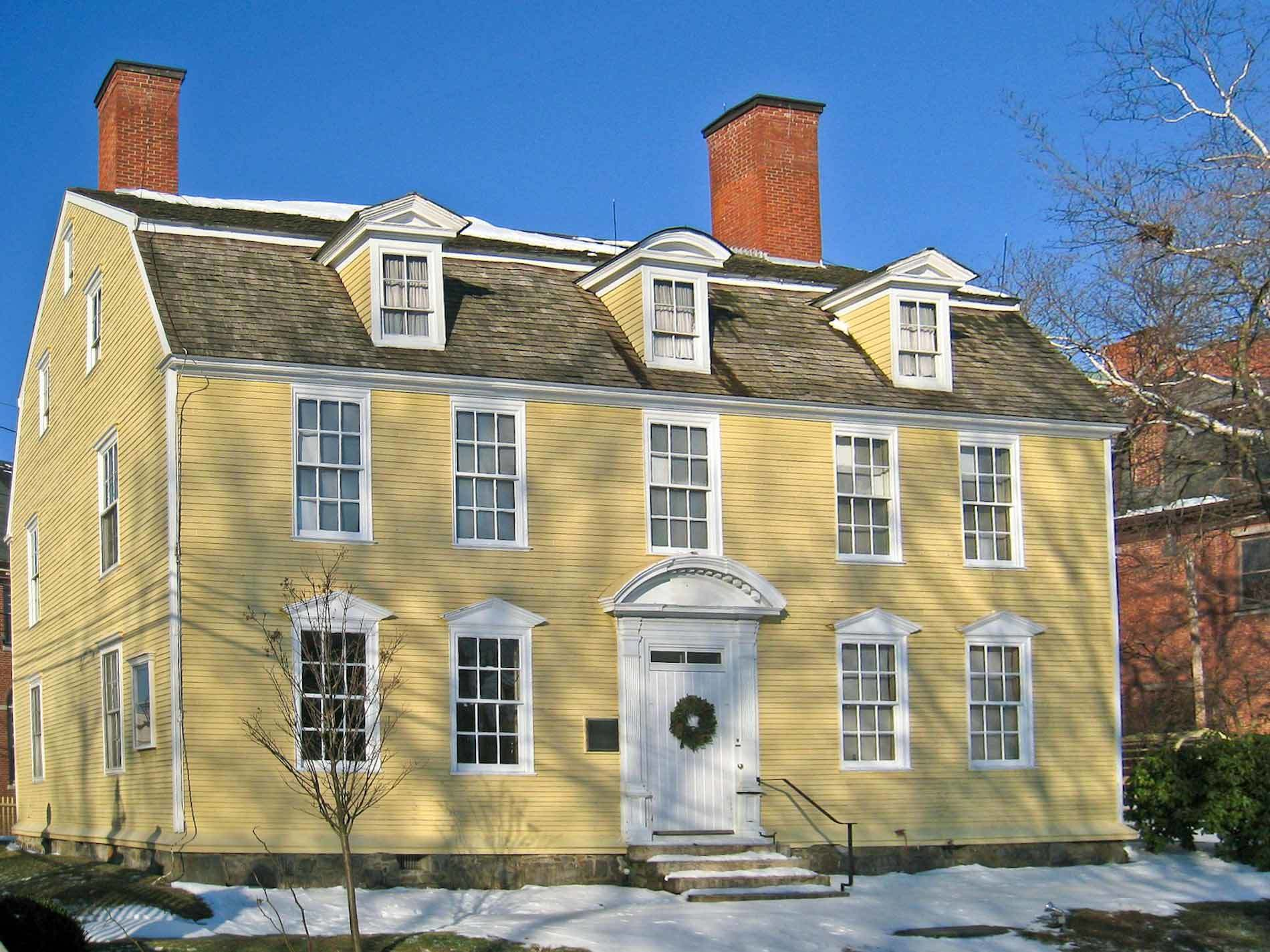 Antique homes for sale in greenwich ct find and buy old for Luxury homes for sale in greenwich ct