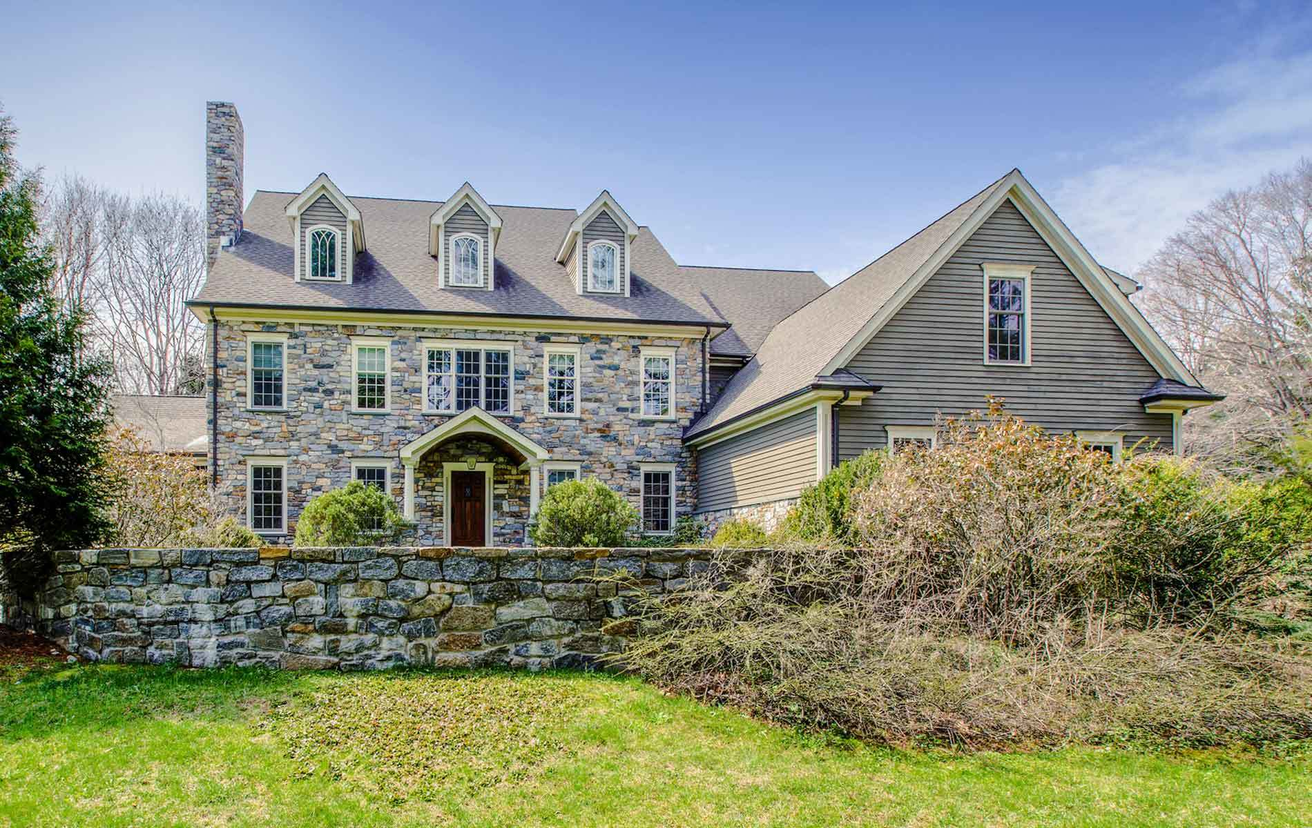 Luxury homes for sale in wilton ct buy luxurious houses for Luxurious houses for sale