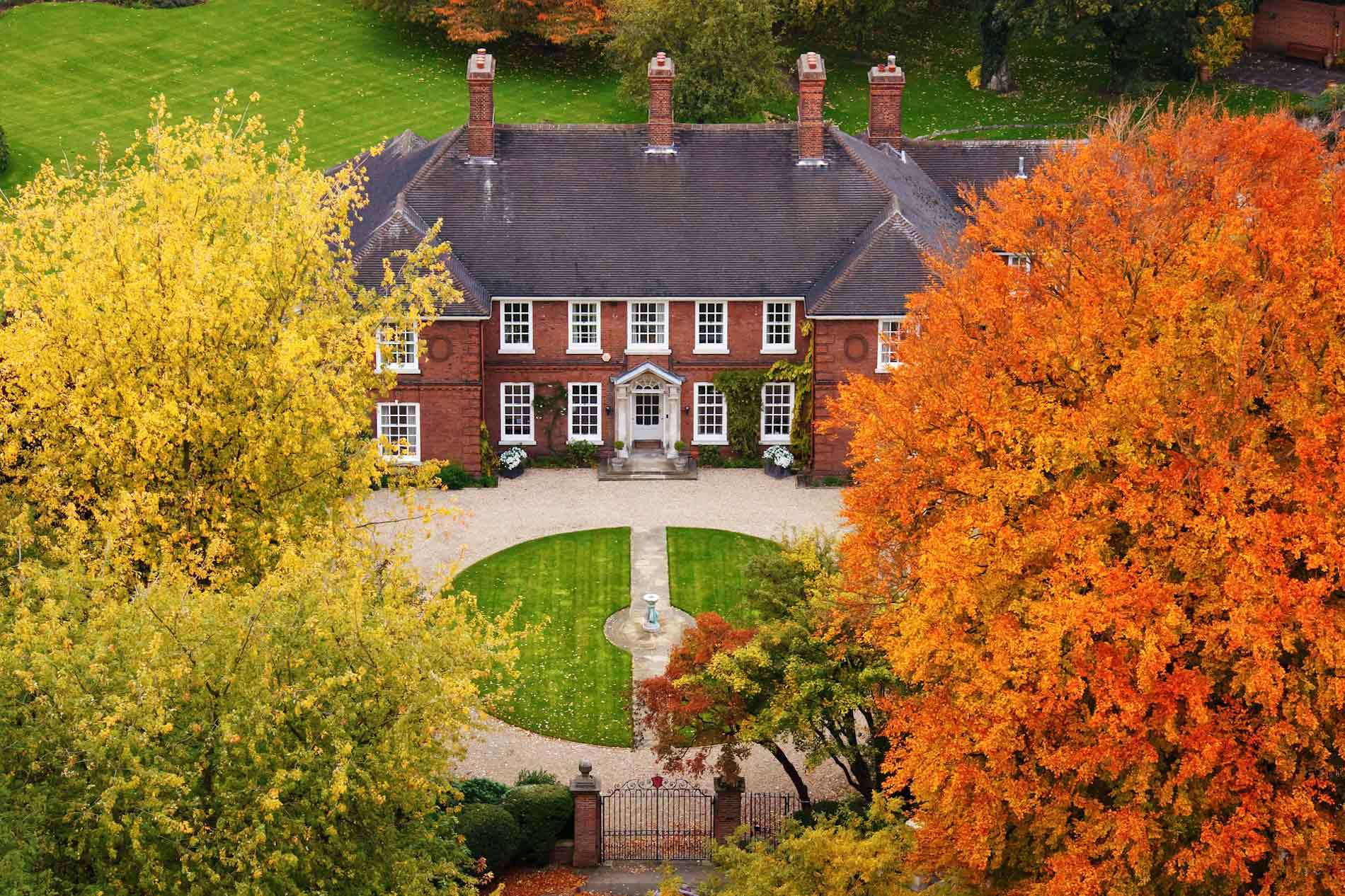mansions and big homes for sale in greenwich ct buy old