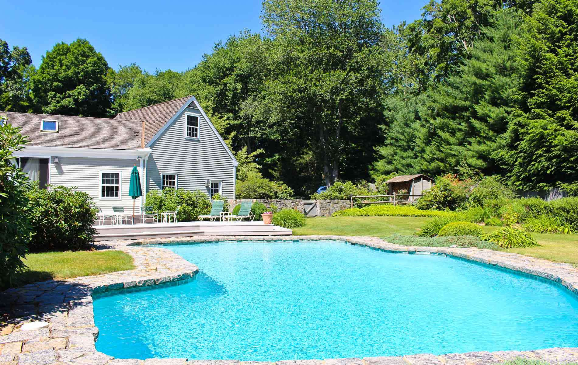 Homes with swimming pool for sale in redding ct find and for Houses for sale pool