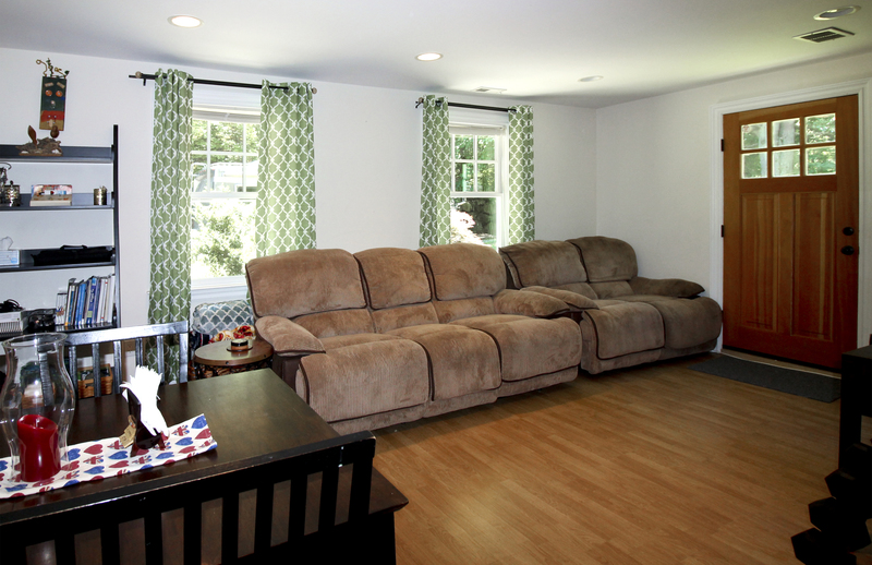 Lower Level Suite - Living Room