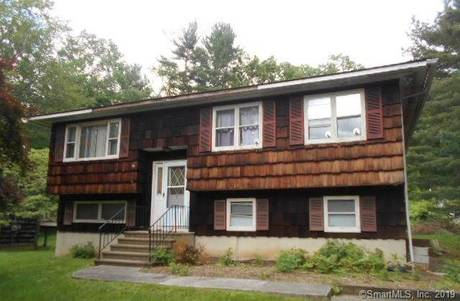 Foreclosure: Single Family Home Sold in Danbury CT 06811. Ranch house near waterfront with 2 car garage.