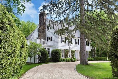 Luxury Single Family Home Sold in Greenwich CT 06830. Old colonial house near river side waterfront with 2 car garage.
