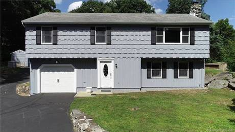 Single Family Home For Sale in Bethel CT 06801. Ranch house near waterfront with 1 car garage.