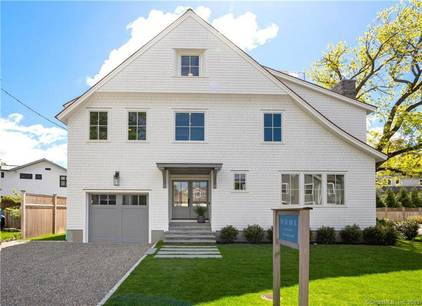Luxury Single Family Home Sold in Westport CT 06880. Contemporary, colonial house near beach side waterfront with 1 car garage.
