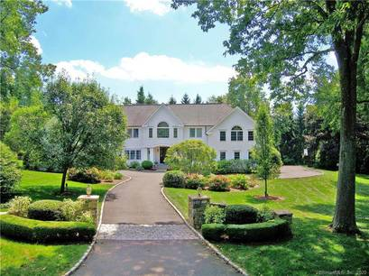 Luxury Single Family Home For Sale in Darien CT 06820. Colonial house near beach side waterfront with swimming pool and 4 car garage.