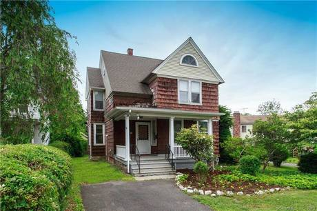 Single Family Home Sold in Greenwich CT 06807. Old colonial house near beach side waterfront with 1 car garage.