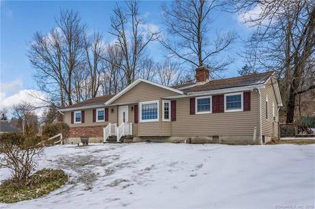 Single Family Home Sold in New Fairfield CT 06812. Ranch house near beach side waterfront with 2 car garage.