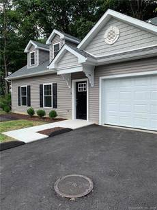 Condo Home For Sale in Bethel CT 06801.  townhouse near waterfront with 1 car garage.