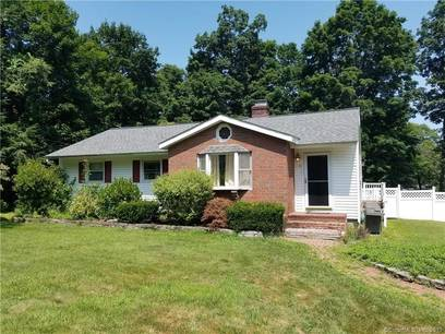 Short Sale: Single Family Home Sold in Brookfield CT 06804. Ranch house near waterfront.