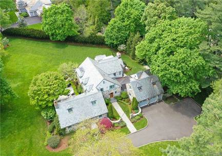 Luxury Single Family Home Sold in Darien CT 06820. Old colonial house near beach side waterfront with 2 car garage.