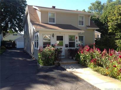 Multi Family Home For Rent in Norwalk CT 06855. Old ranch house near beach side waterfront.