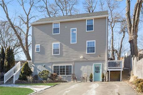 Single Family Home Sold in Stamford CT 06902. Old colonial house near river side waterfront.