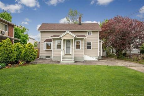 Single Family Home Sold in Bridgeport CT 06605. Old  cape cod house near waterfront.