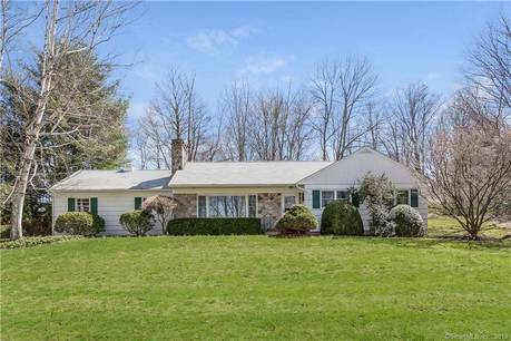 Single Family Home Sold in Ridgefield CT 06877. Ranch house near waterfront with 2 car garage.