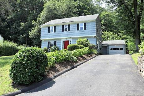 Single Family Home Sold in Stamford CT 06905. Colonial house near river side waterfront with 1 car garage.