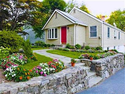 Single Family Home Sold in Westport CT 06880. Ranch house near waterfront.