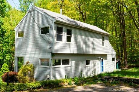 Foreclosure: Single Family Home Sold in Danbury CT 06811.  house near waterfront.