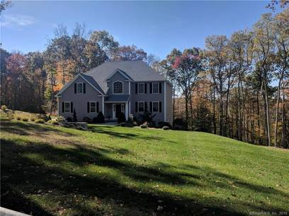 Single Family Home Sold in New Fairfield CT 06812. Colonial house near waterfront with 2 car garage.