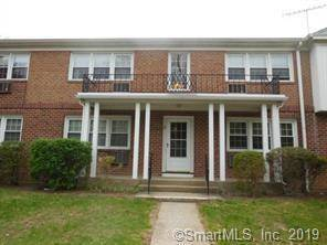 Condo Home For Rent in Fairfield CT 06824. Ranch house near beach side waterfront.