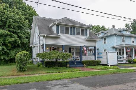 Single Family Home Sold in Stratford CT 06615. Old colonial house near beach side waterfront with 1 car garage.