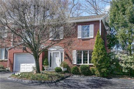 Condo Home For Sale in New Canaan CT 06840.  townhouse near waterfront with 1 car garage.