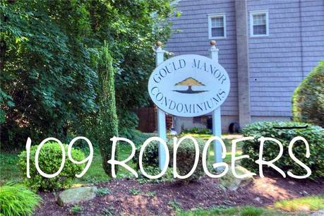 Condo Home Sold in Fairfield CT 06824.  townhouse near beach side waterfront.