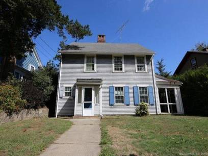 Foreclosure: Single Family Home Sold in Bridgeport CT 06604. Old colonial house near waterfront with 1 car garage.