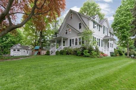 Single Family Home Sold in Darien CT 06820. Old  farm house near waterfront with 1 car garage.