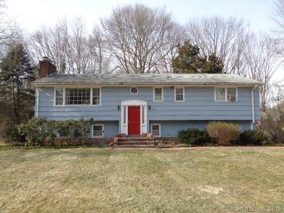 Foreclosure: Single Family Home Sold in Norwalk CT 06851. Ranch house near waterfront with 2 car garage.