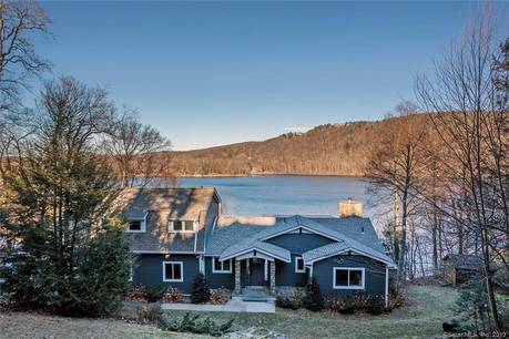 Single Family Home Sold in Sherman CT 06784. Contemporary house near lake side waterfront with 1 car garage.