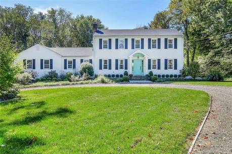 Single Family Home Sold in Easton CT 06612. Colonial house near waterfront with swimming pool and 2 car garage.