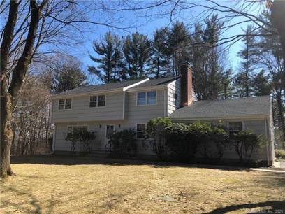 Single Family Home For Sale in Stamford CT 06903. Colonial house near waterfront with 2 car garage.