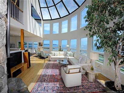 Luxury Single Family Home Sold in Stamford CT 06902. Contemporary house near beach side waterfront with 2 car garage.