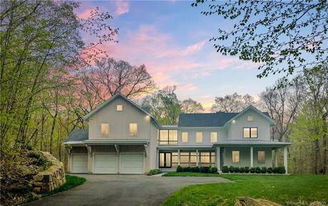 Single Family Home Sold in Weston CT 06883. Colonial farm house near beach side waterfront with 3 car garage.