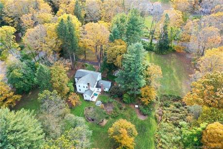 Single Family Home Sold in Bethel CT 06801. Colonial farm house near waterfront.
