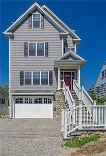 Single Family Home For Sale in Stratford CT 06614. Colonial house near beach side waterfront with 2 car garage.