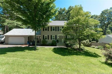 Single Family Home Sold in Fairfield CT 06825. Colonial house near lake side waterfront with 2 car garage.