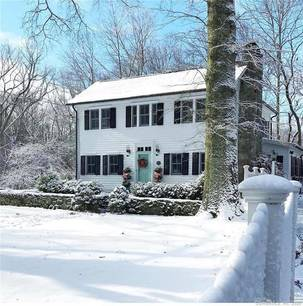 Single Family Home Sold in New Canaan CT 06840. Old antique house near waterfront with swimming pool and 2 car garage.