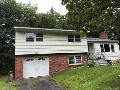 Single Family Home Sold in Shelton CT 06484.  house near waterfront with 1 car garage.