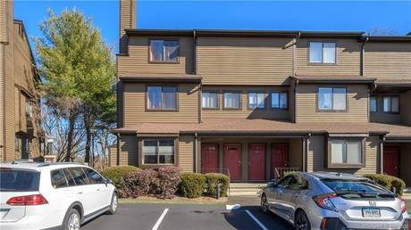 Condo Home Sold in Norwalk CT 06850.  house near waterfront.