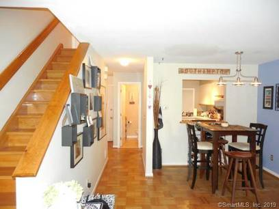 Condo Home For Rent in Norwalk CT 06854.  townhouse near waterfront with 2 car garage.