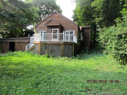 Foreclosure: Single Family Home Sold in Trumbull CT 06611. Old ranch house near waterfront with 4 car garage.