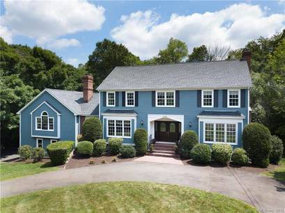 Single Family Home Sold in Trumbull CT 06611. Colonial house near river side waterfront with swimming pool and 3 car garage.