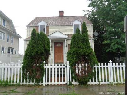 Foreclosure: Single Family Home Sold in Bridgeport CT 06606. Old colonial house near waterfront.
