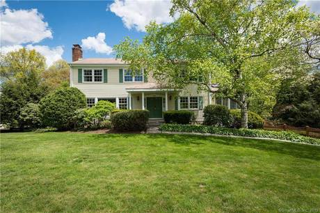 Single Family Home Sold in Stamford CT 06903. Colonial house near waterfront with swimming pool and 2 car garage.