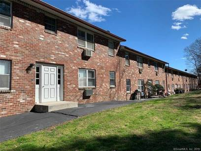 Condo Home Sold in Stamford CT 06907. Ranch house near waterfront.