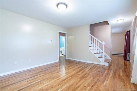 Single Family Home Sold in Bridgeport CT 06606. Colonial cape cod house near waterfront.