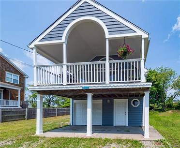Single Family Home Sold in Fairfield CT 06824. Old  bungalow house near beach side waterfront with 1 car garage.