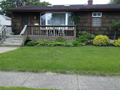 Single Family Home Sold in Fairfield CT 06824. Ranch house near beach side waterfront.